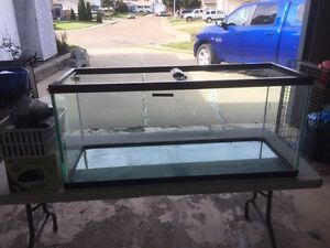 Tropical 285 liter Fish Tank