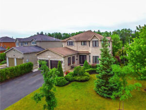 Stunning All-Brick 2-Storey Home for Sale! (11O)
