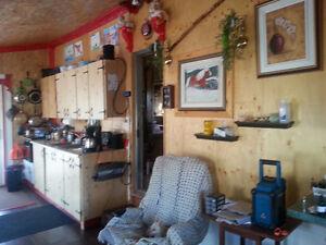 chalet a vendre ou echanger contre roulotte ou fetlwheel Saguenay Saguenay-Lac-Saint-Jean image 7