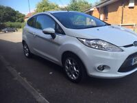 2012 Ford Fiesta 1.2 Zetec White 3dr Full Ford Service History