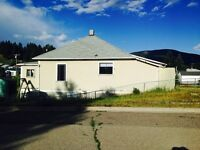 Crowsnest Pass-3 bedroom home for rent in Coleman