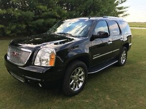 2014 GMC YUKON DENALI AWD SPORT UTILITY BEAUTIFUL