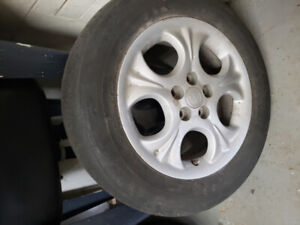 Toyota corolla 2013 tires and rims195 65 r15
