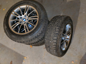 BMW - 225/60/R17 - HANKOOK WINTER PIKE WINTER TIRES