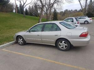 1998 Honda Accord EX with CD, AM/FM, Aux and Bluetooth