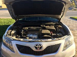 2011 Toyota Camry SE Sedan London Ontario image 2