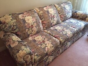 Couch-sofa