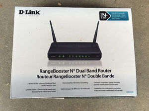 D-Link - Range Booster N: Dual Band Router