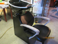 WASH CHAIR AND SINK (NEW)