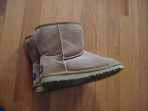 Brown Girls Size 3 Uggs Winter Boots London Ontario image 5
