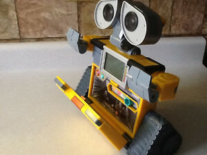 WALL-E V-TECH INTERACTIVE LEARNING LAPTOP London Ontario image 8