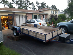 Cargo trailer with ramp