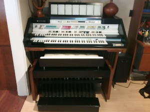 Hammond Full Pedal Organ - Free