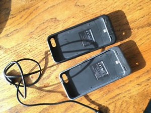 Two I phone 5s charging cases