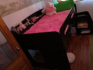 Children's loft bed set