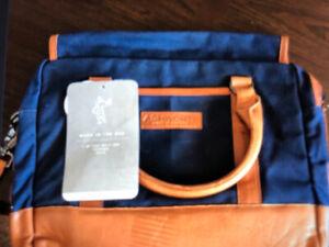 Ashworth laptop/messenger bag