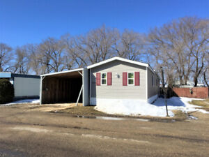 Affordable mobile on leased lot in Portage la Prairie