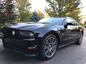 2010 Ford Mustang GT PREMIUM Coupe (2 door)