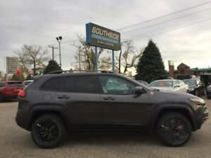 2018 Jeep Cherokee Trailhawk 4x4  - Low Mileage