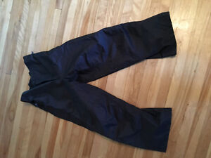 VIKING motorcycle rain pants with boot strap size LARGE or 34/36