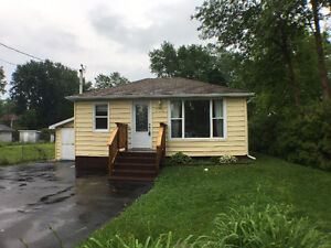 FOR LEASE - Lovely Bungalow Steps To Lake Simcoe!