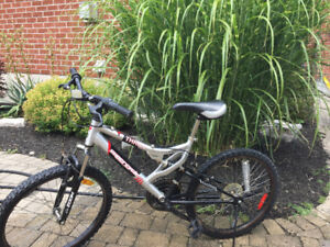 16 inch frame supercycle mountain bike