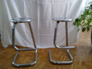 Tabouret en chrome