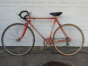 Vintage Gitane Apache Standard (Made in France) Road Bike
