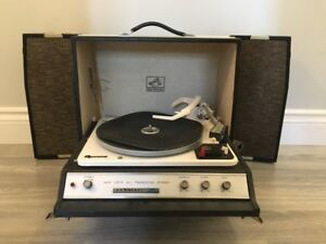 RCA victor suitcase turntable record player