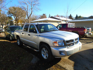 2008 Dodge Dakota  4x4x Pickup Truck  low payments