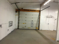 Automotive Repair Garage incl outdoor parking for 14-16 vehicles