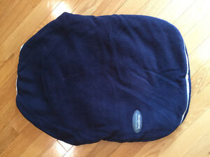 Bundle Me car seat cover