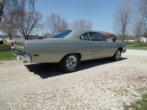 69 PLYMOUTH  RUNNER (NEW PRICE)