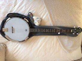 Banjo Samick 5 string LH strung NEW.