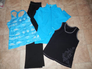 Big bag of exercise/leisure clothing (size L/XL)