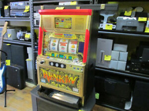 RENKIN SLOT MACHINE For Sale at Nearly New!