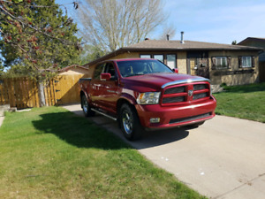 2011 DODGE RAM 1500 HEMI SPORT 4X4 FULLY LOADED
