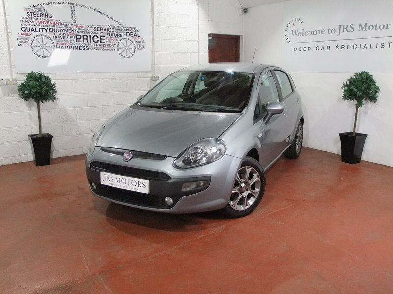 Fiat Punto EVO 12 month mot and serviced