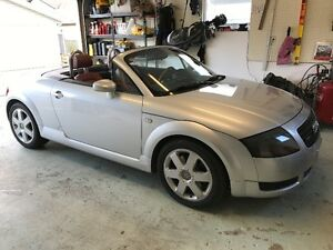 Very low KMs 2000 Audi TTS Convertible