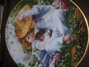 """Bradford Exchange Collectable Plate """"A Time To Love"""""""