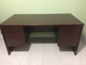 Large desk with four drawers