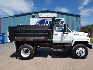 2001 GMC C7500 DUMP 7spd, locking diff, pintle hitch