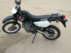 Suzuki DR650 Low KM and extras