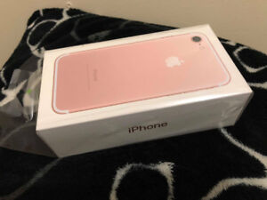 Iphone 7-32 GB Rose Gold (in excellent condition)