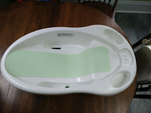 Safety First Baby Bathtub