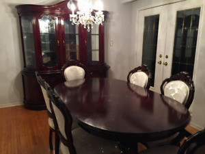 Dinning room table and chairs with Hutch