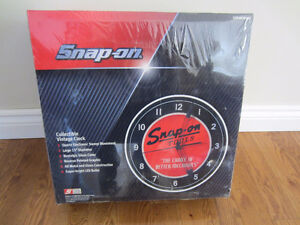 Snap-On Tools Collectible Vintage Clock (Original Wrapping)