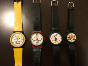 Lorus vintage cartoon watch lot. 4 watches. 1980s .only 40$
