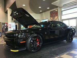 2016 DODGE CHALLENGER SRT HELLCAT SUPERCHARGED & READY TO ROAR !