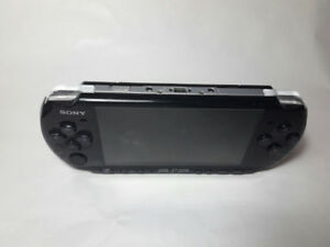 PlayStation Portable 3001 System - Piano Black 9.5 Condition